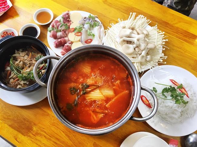 Lẩu cua Đất Mũi là Top 20 Quán ăn ngon ở quận 1, TPHCM bạn nên đến nhất