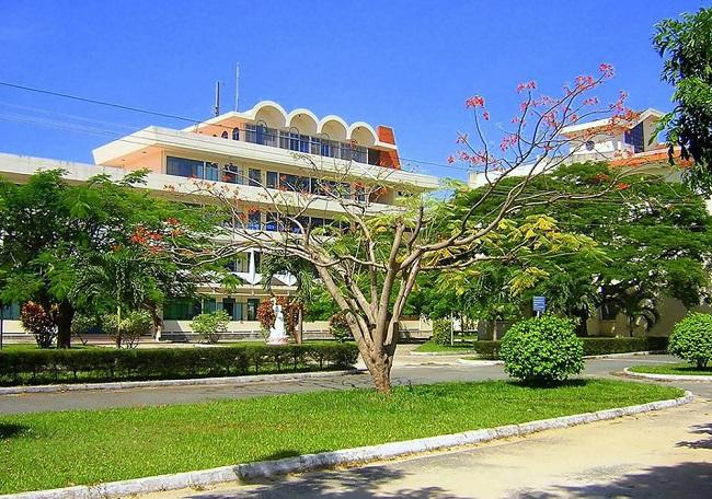 """Đại học Nha Trang là Top 10 Trường đại học có khuôn viên """"xanh"""" đẹp nhất Việt Nam"""