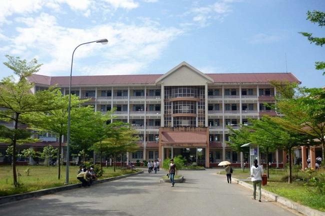 """Đại học Nông Lâm TP HCM là Top 10 Trường đại học có khuôn viên """"xanh"""" đẹp nhất Việt Nam"""