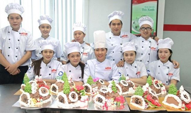 Nhất Hương là Top 5 địa chỉ học làm bánh uy tín và chất lượng nhất tại TPHCM