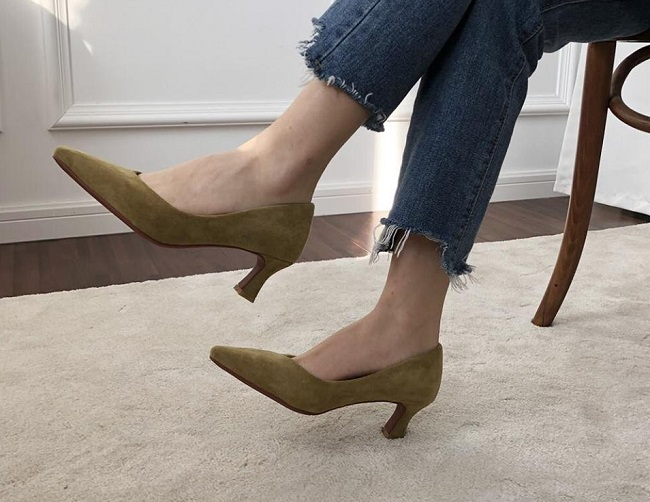 More than basis là Top 5 Shop bán giày cao gót đẹp và chất lượng nhất TPHCM