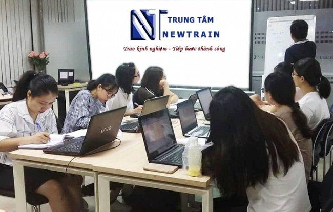 NewTrain là Top 5 Trung tâm đào tạo xuất nhập khẩu tốt nhất tại Hà Nội và TPHCM